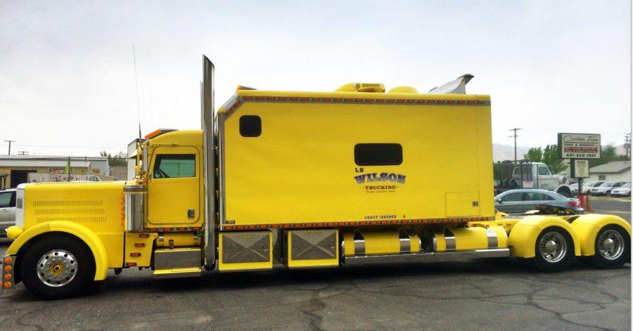 sleeper trucks with bathrooms bolt on tractor trailer sleeper cab bolt custom trucks. Black Bedroom Furniture Sets. Home Design Ideas