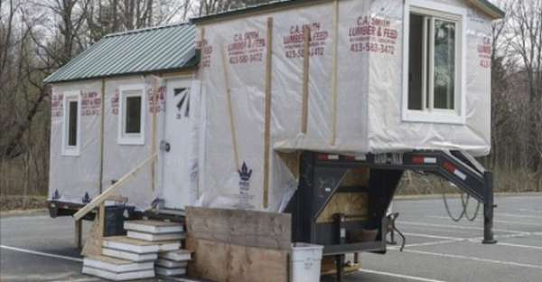 A College Senior Is Building This Fifth Wheel Tiny House In A Parking Lot